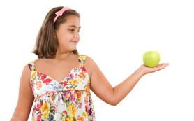 Ученые назвали диету, которая спасет детей от ожирения