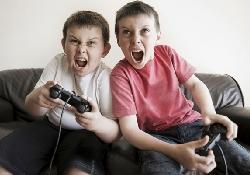 Немного видеоигр детям не повредит и даже поможет