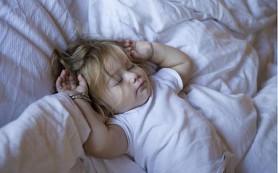 Учим ребёнка самостоятельно отходить ко сну
