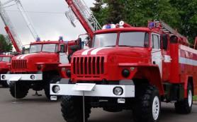 Смоленским пожарным пришлось эвакуировать детей из школы