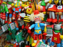 Детские товары, продающиеся в России, проверят на безопасность и полезность