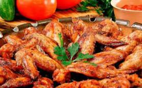 Ученые доказали, что жареные куриные крылья делают детей агрессивнее