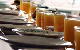 В следующем году школьников накормят на 142,6 миллиона рублей