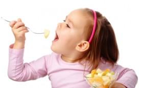 Чем не стоит кормить ребенка?