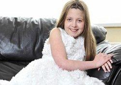 Болезнь стариков у 12-летней девочки: юную англичанку медленно убивает деменция