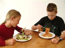 Из-за неправильного питания у ребенка могут возникнуть проблемы с психикой