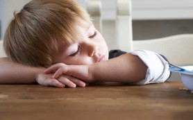 Как избавиться от сонливости и уложить ребенка
