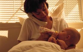 Занятость матери влияет на сон и вес ребенка