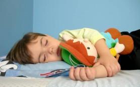 Ученые выяснили, что дневной сон укрепляет память ребенка