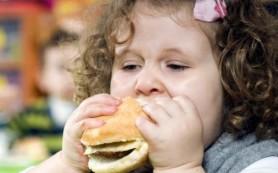 Ученые призывают принять дополнительные меры по борьбе с детским ожирением