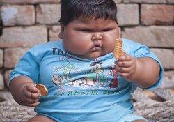Ожирение атакует детей: 10-месячная девочка весит почти 19 кг