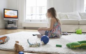 Привычка ребенка сидеть за телевизором отражается на образе жизни во взрослом возрасте