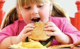Лишний вес у ребенка: что делать