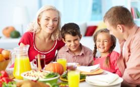 Школьные завтраки помогают лучше учиться детям из малообеспеченных семей