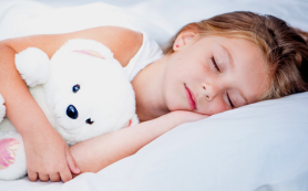 Ученые рассказали, как бессонница влияет на организм детей