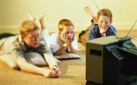 Телевизор плохо влияет на детский сон