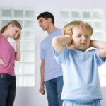 10 фраз, которые развивают в вашем ребенке комплексы