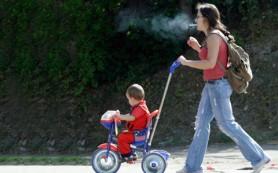 У детей курящих мам хуже со здоровьем и развитием