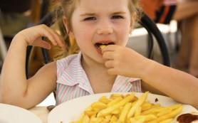 Пристрастие к соленой пище формируется еще в детстве