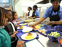 Длинные обеденные перерывы подтолкнут детей к правильному питанию, уверены ученые