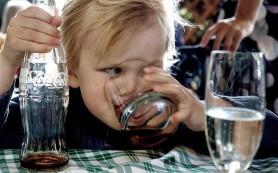 Замена сладких напитков водой предотвращает детское ожирение