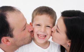 Перехваливание воспитывает в ребенке нарциссизм