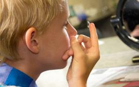 Контактные линзы для ребенка: плюсы и минусы