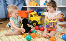 На что следует обращать внимание при выборе игрушек для детей