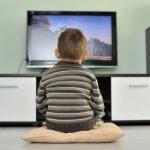 Телевизор приводит детей к злоупотреблению газировкой