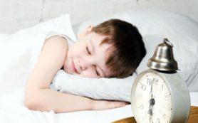 Ученые рассказали, чем ребенку грозит несоблюдение режима дня