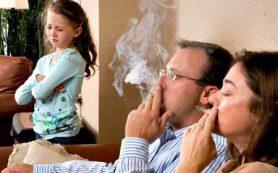Пассивное курение наиболее опасно для маленьких девочек