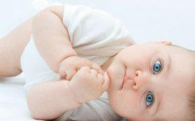 Воспитание ребенка в первый год формирует его отношение к окружающему на всю жизнь