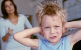 Крик родителей провоцирует проблемы с психикой у детей