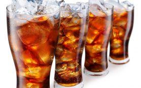Употребление сладких газированных напитков провоцирует агрессию у подростков