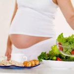 Будущим мамам не стоит садиться на диеты