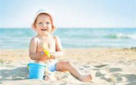 10 простых способов охладить ребенка в самую жаркую погоду