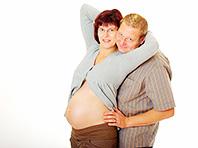 Сексом во время беременности заниматься можно, но не всегда, предупреждают медики