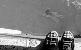 Шаг в пустоту, или Как предотвратить эпидемию подростковых суицидов?