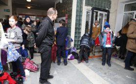 Как в школах Смоленска решают проблему безопасности