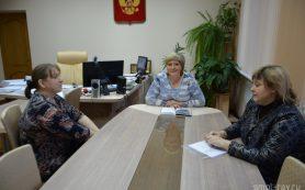 Власти Смоленского района пообещали помочь многодетной семье