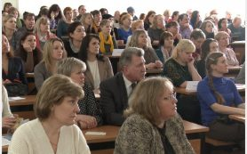 В Смоленске прошло общегородское родительское собрание «Осторожно: секты!»