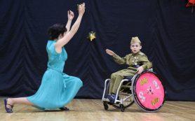 Мальчик-колясочник из Смоленска Виктор Ермачков выступит на конкурсе молодых талантов «Синяя птица» в Геленджике