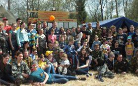 Алексей Островский встретился с участниками «Вахты памяти» и членами организации «Дети-Ангелы-Смоленск»
