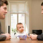 В Смоленске незаконно заработали на установлении отцовства