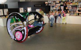 В Смоленске роботы прокатили детей