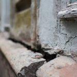 СКР проверит условия жизни смолянки с ребенком в аварийном доме