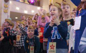 Юные смоляне примут участие в благотворительном квесте «Елка Победы» в Москве