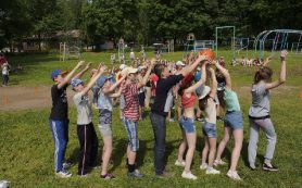Смоляне смогут бронировать путевки в детские лагеря при помощи интернета и МФЦ