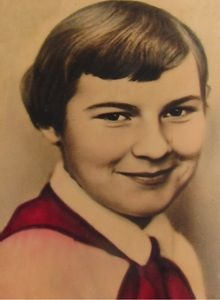 Школе в Смоленской области присвоили имя девочки, которая ценой жизни спасла людей