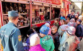 В Смоленске открылась детская выставка «Останови огонь!»